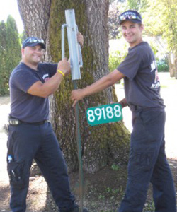 address sign install